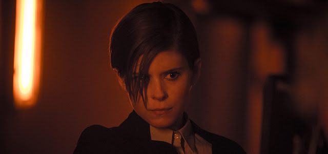 Kate Mara als Lee Weathers