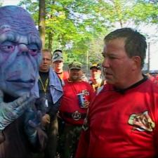 SPPLAT ATTACK: William Shatner auf Paintball-Exkursion